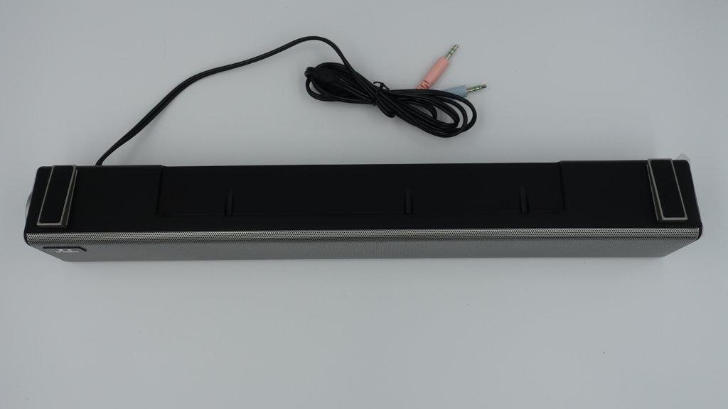 TaoTronics USBサウンドバー TT-SK018 底面パネル