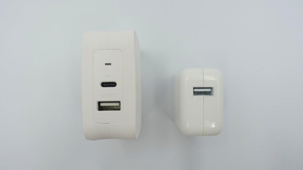 RAVPower USB-C急速充電器 サイズ比較 充電ポート