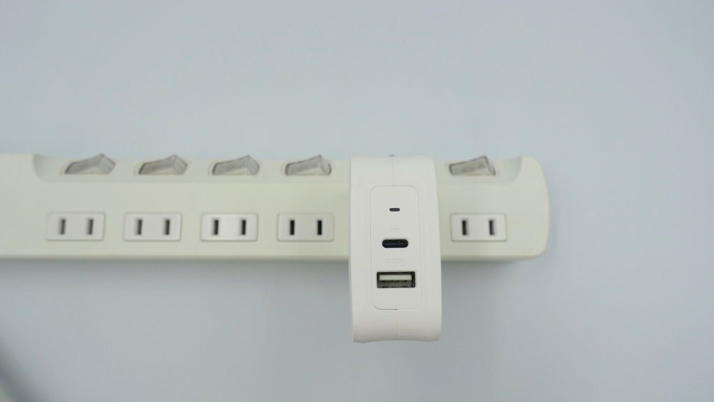 RAVPower USB-C急速充電器 使い勝手の良いサイズ感